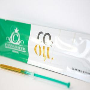 Cannaisseur CO2 Oil - Herbal Pantry